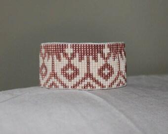 BURNISHED COPPER / ECRU handmade loom-beaded bracelet