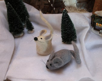 Handcrafted Needle Felted Wool Christmas Animals - Mice