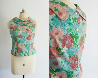 1960s Daisy sleeveless top   60s vintage tank top   vintage floral top