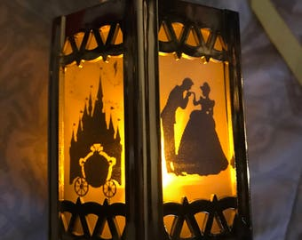 Cinderella - Battery-Operated Plastic Mini Lanterns (Gold)