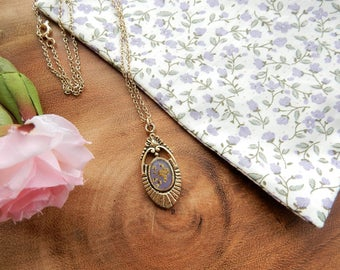 Pressed Flower Pendant, Vintage Necklace, Floral Pendant, Unique Necklace, Wedding Jewellery, Real Flowers, Gift for Her, Bridal Jewelry
