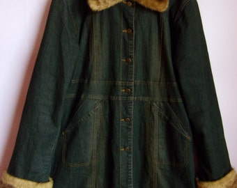 Vintage 90'/s Women's Coat/Dark Blue Denim Coat/With Faux Fur/Pushbuttons/Pockets/Lining/Knee Lenght/Size L / Made in Italy