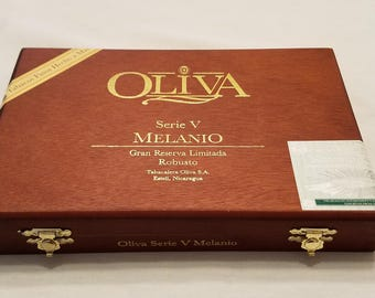 Wooden Cigar Box, Oliva, Serie V, Menanio, Nicaragua