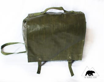 """Vintage Rubberized Shooter's Bag """"The Rainmaker"""" Army Military Vintage Antique"""