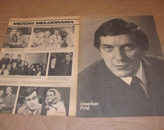 JONATHAN FRID   dark shadows star clippings #0221