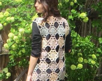 crochet vest,motifs vest,exclusive  desing.