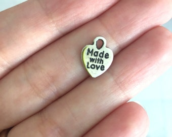 15x Made with love charms