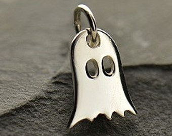 Ghost - Sterling Silver Little Ghost Cham Halloween, Charm, Pendant, Dangle, Holiday