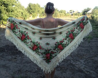 Great vintage Floral Russian shawls 70 years old, Russian woolen fringe scarf, ivory, beige, floral folk,  red flowers green leaves