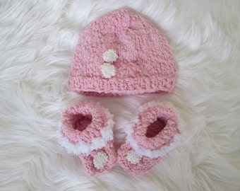 Handmade Knitted  baby cap and  booties