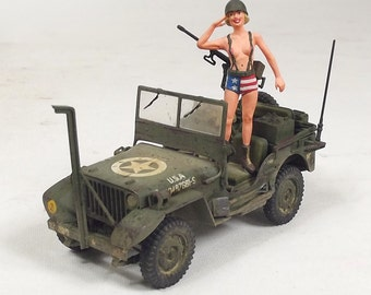 1/35 Built Jeep Willys with Pin Up