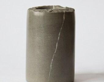 Vase of polished stone. 17V01