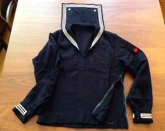 Marinière US vintage WWII avec badge infirmier / Vintage WWII cracker-jack top with medic badge