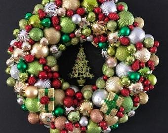 Christmas Ball Wreath with Christmas Tree