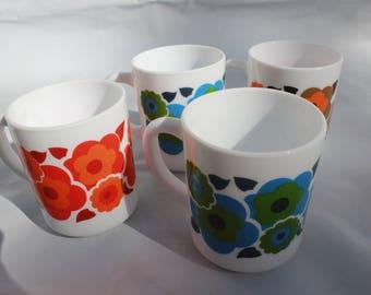 1970s mugs lotus design flowers arcopal milk glass retro set of 4