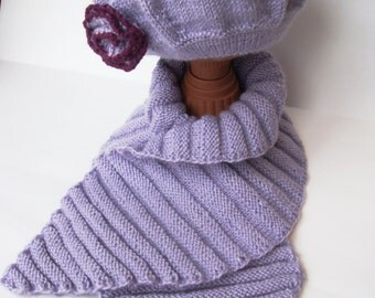 beret and scarf set Knitted
