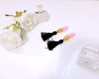 Breakfast at Tiffanys Inspired Ear Plugs,Gold Holly Golightly Tassel Ear Plugs, Gifts for her,Womens Ear Plugs Audrey Hepburn