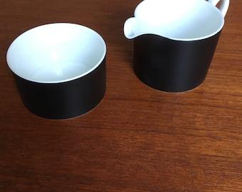 "Susie Cooper ""Contrast"" Design 1960's Wedgwood Milk Jug & Sugar Bowl"