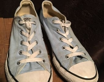 Size 3 converse youth light blue canvas low tops used see pics