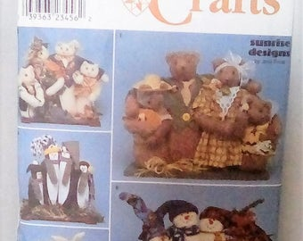 Simplicity Crafts Series 8938 Factory Folded and Uncut Sunrise Designs Stuffed Animals