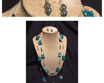 Blue marbled double strand, set