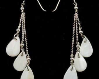 Shell Teardrop Dangle Earrings