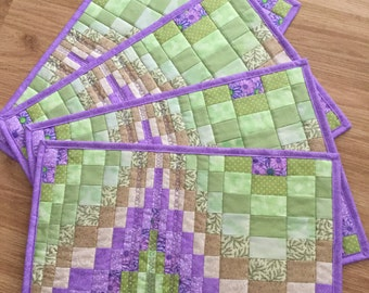 Bargello quilted placemats