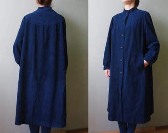 60s Vintage Women Trench Soft Coat Italy/Milan Buttons in front Dark Blue Maxi Coat