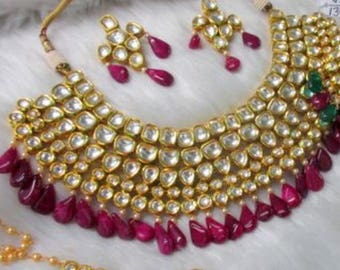 Gorgeous Red and white Kudan stone necklace set