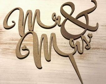 """""""Mr & Mrs"""" wedding cake in wood or acrylic Topper"""