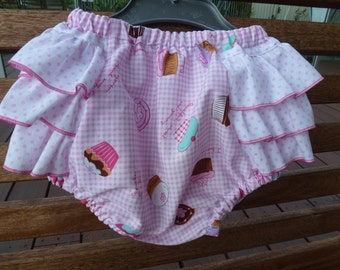 Cutie Pants! Ruffled Bubble Bloomers. Frilly Nappy cover. Size 1-3 months. Cotton