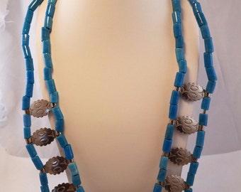Vintage Art Deco blue lapis bead necklace silver tone