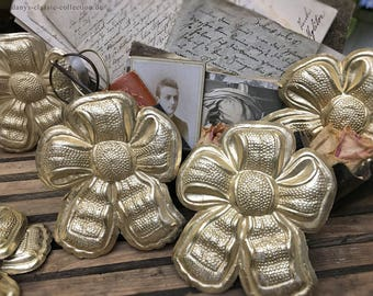 Vintage gold ornament cardboard Dresdener trim brocante shabby chic decoration