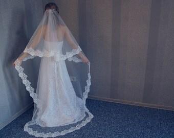 FREE SHIPPING, Long veil, Light Ivory veil, 2 tier veil, Veil with lace, Catholic veil, Veil for Cathedral, Handmade Veil