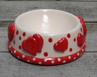 Custom Precious SWEETHEART Hand painted Ceramic Dog/Cat/Pet/Bowl/Dish/Feeder, Pet Supplies, Food Bowl, Water Bowl, Pottery Pet Bowl, Hearts