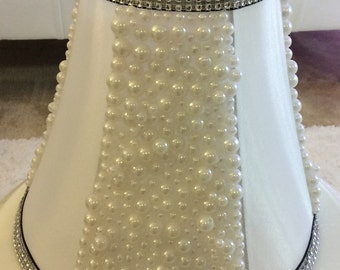 Pearl Beaded Vintage Table Top Accent Lamp