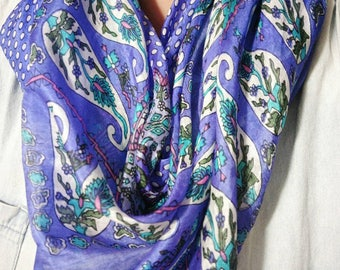 Pack of 2 pure silk paisley square scarves
