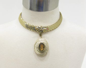 Vintage Whiting & Davis Gold Tone Collar with Cameo Locket Pendant