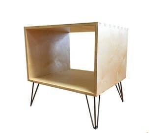 Vinyl End Table - Baltic Birch