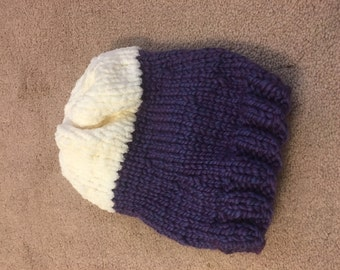 Cozy, purple and white knit hat