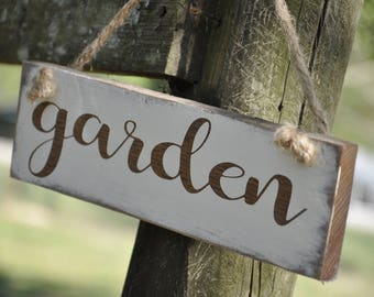Garden hanging Yard Decor wood Sign