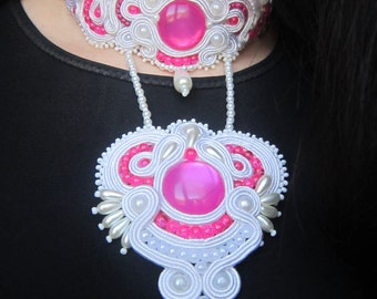 Necklace Fuchsia. Necklace for wedding. White and Fuchsia. Soutache necklace.