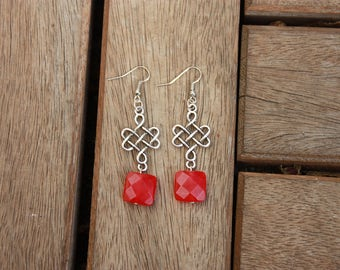 Pair of hanging earrings (Pierre de Jade square faceted red deep) / romantic Style / chic