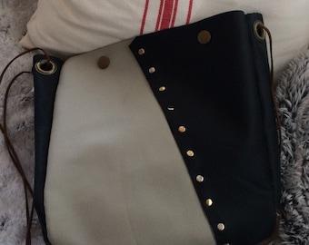 Handmade leather side bag