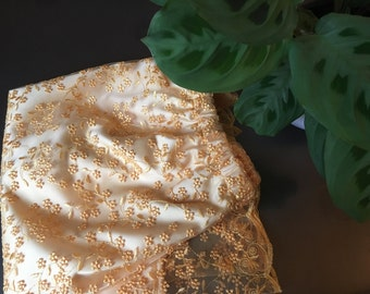Lace skirt calais /jellow laceskirt
