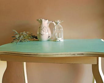 Queen Anne style shabby chic side table/coffee table/end table/hall table