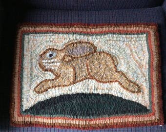 Peter Cottontail hand hooked rug