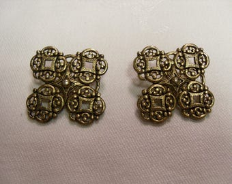 Earring Gold Plated Costome Jewelry