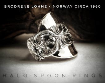 Beautiful Chunky Ladies  Spoon Ring by Brodrene Lohne , Bergen Norway in the 'Kloster pattern'  circa 1960 and hallmarked 830s.