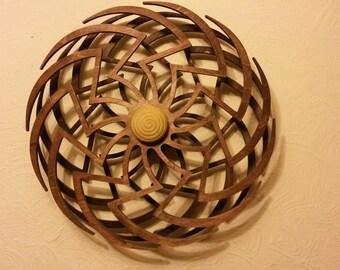 Zinnia kinetic art spinner (designed by Clayton Boyer)